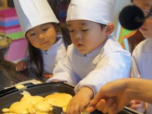 体験教室「パンケーキ作り」
