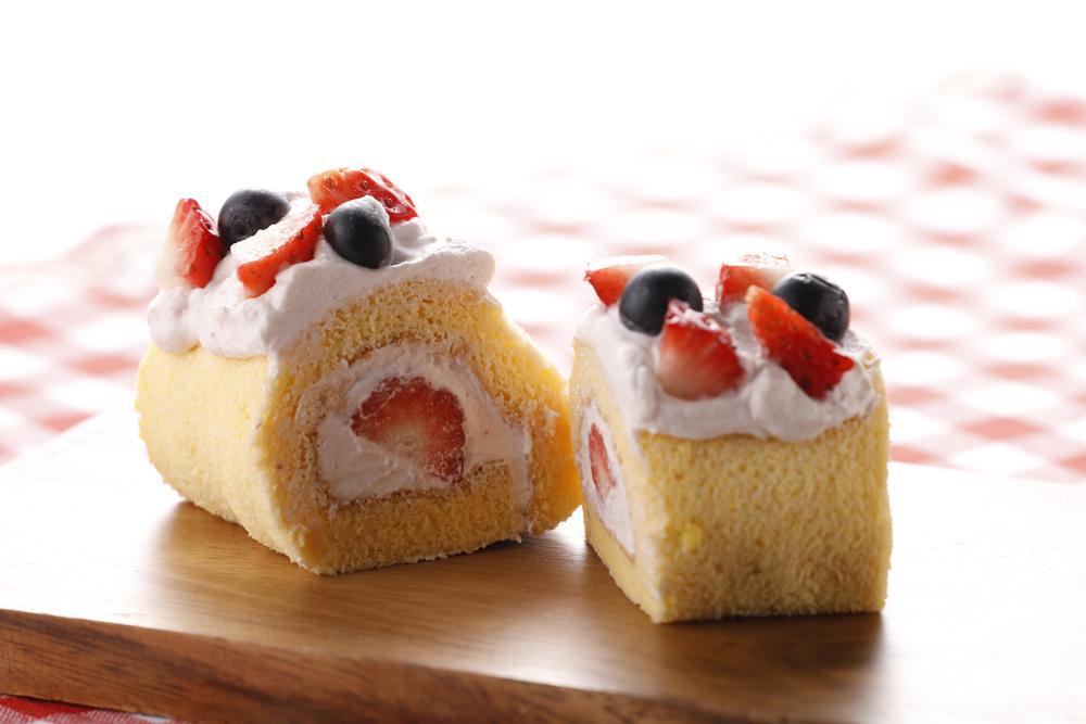 大江ノ郷自然牧場体験教室【期間限定】苺のロールケーキ作り