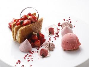 苺のミルフィーユ「大江ノ郷テラス」