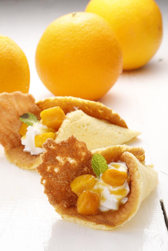オレンジとマンゴーのオムレット